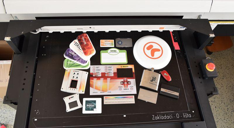 Reklamní grafika (grafické studio)